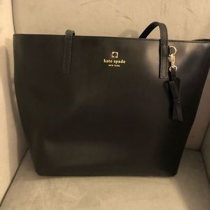 Kate Spade Sawyer Street Maxi purse in black.